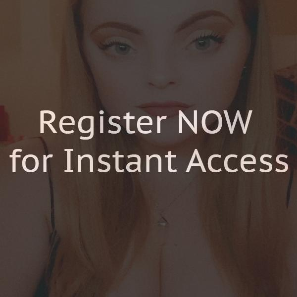 Adult hook looking online chat rooms
